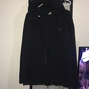 Nike tech track suit joggers and zip up sweater
